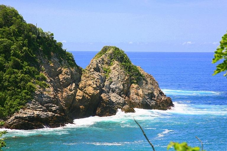 Huatulco Coastline